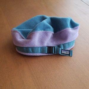 Vtg patagonia fleece beret style kids hat. Medium